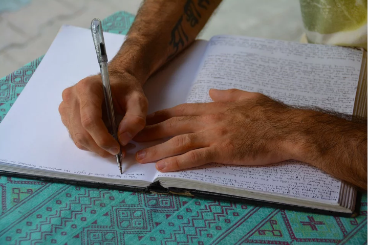 Learn How to Write a Diary and Why It Is Important